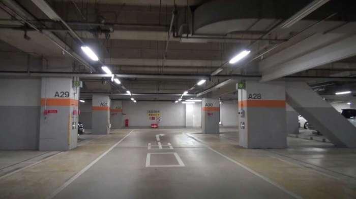 長野×愛人待ち合わせスポット⑤:長野駅東口地下駐車場