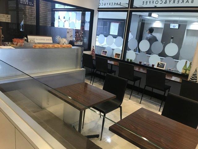 宮崎×愛人待ち合わせスポット⑤:BAKERY&COFFEE SAKURAKITEN店